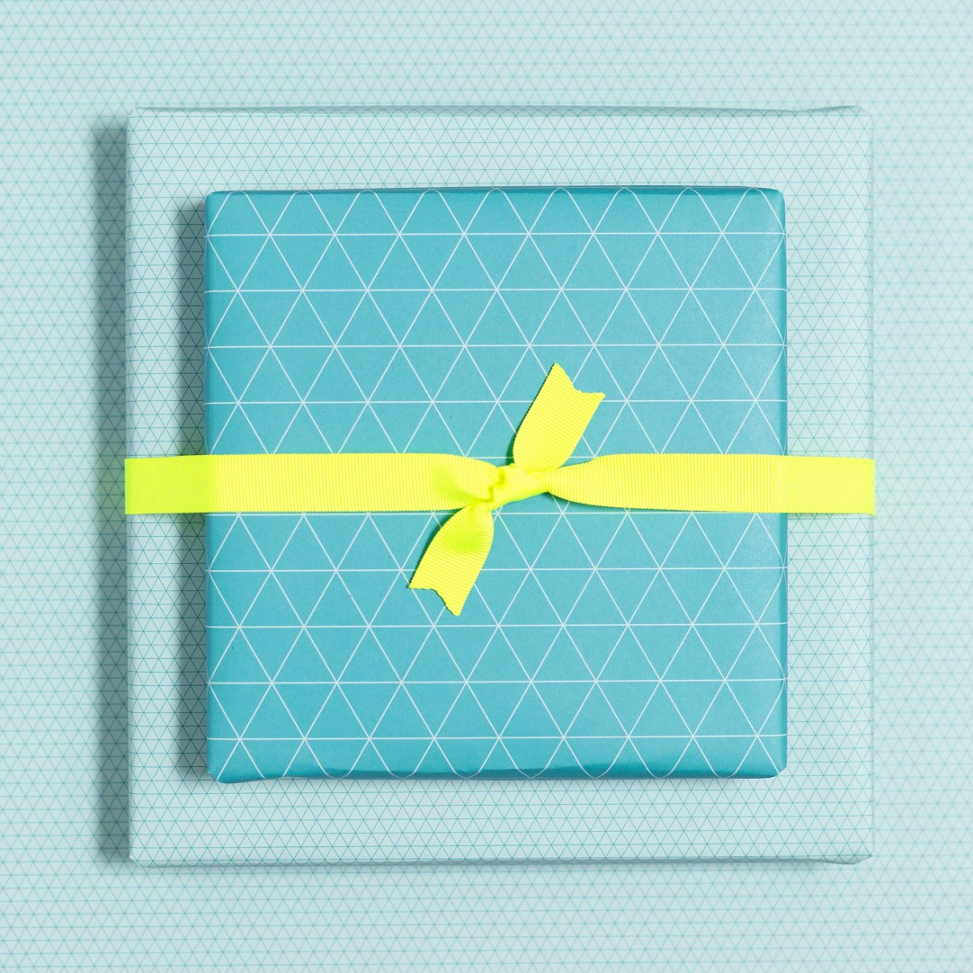 Gift Wrap Triangle - Turquoise