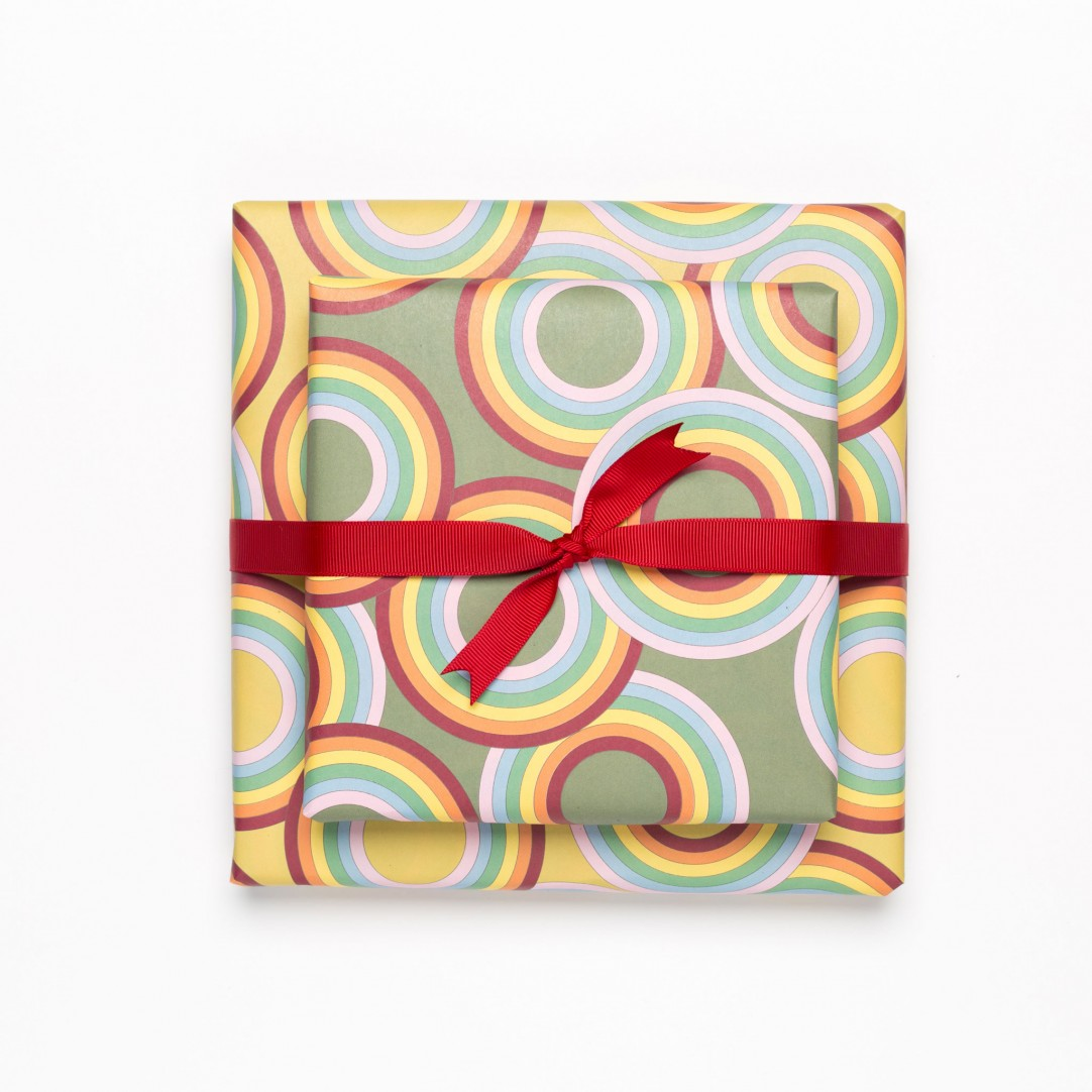 "GIFT WRAP ""RAINBOW CIRCLES"""